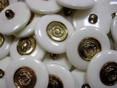 Пуговицы Золото окантовка белая уп. 50 шт.