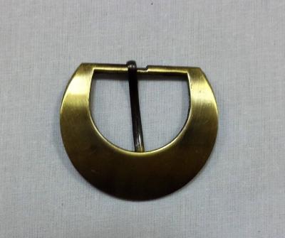 Пряжка 4,5 см полукруглая цвет золотой