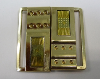 Пряжка 5 см металлическая из двух деталей золотой