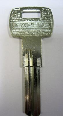Заготовка для ключей 00514 BAI8D_MO3_STU6R.GVY1R x Mottur, Saturm, Apex-08 KT1 вертикальная