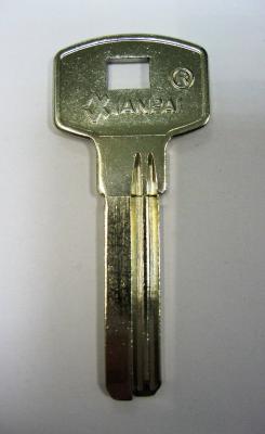 Заготовка для ключей 00556 2 паза правые (32*8,8*2,3мм)