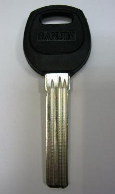 Заготовка для ключей 00614 SANJIN 3 паза правые (38*8,8*2,3)