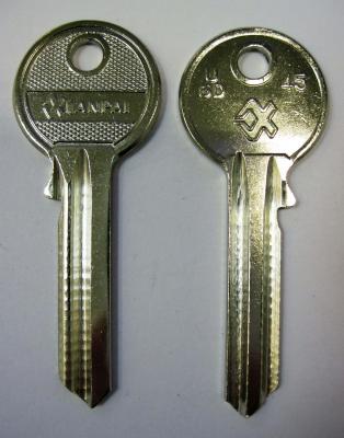 Заготовка для ключей 00038 U6D_U6D_UL054_UNL6 универсальные Английские