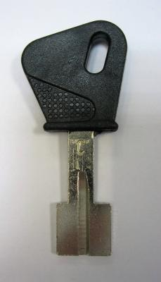 Заготовка для ключей 00631 МТСGP_MO2P59_MT3P_MTCP Mottura вертикальная