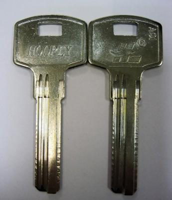 Заготовка для ключей 00562 HOOP-3D HOOPLY 3 паза (8,8*32мм) вертикальная