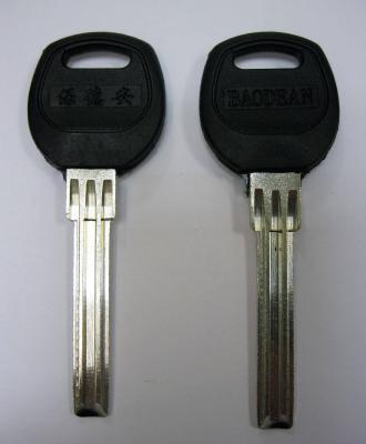 Заготовка для ключей 00672 BAODEAN пластик полукруг 3 паза узкий (38,7*7,2*3,37мм) D-158