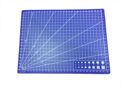 Коврик-мат с разметкой формата A4 для работы с кожей 22x30 см