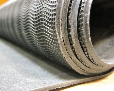 Профилактика листовая Далсофт 1000*700*3 мм черная