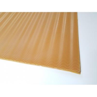 Профилактика листовая B6000 бежевая резина мелкая волна 600*400*3